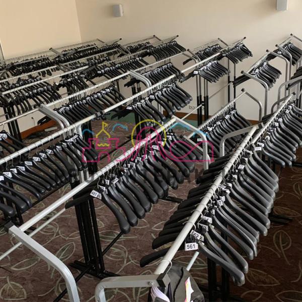 Организация мобильного гардероба