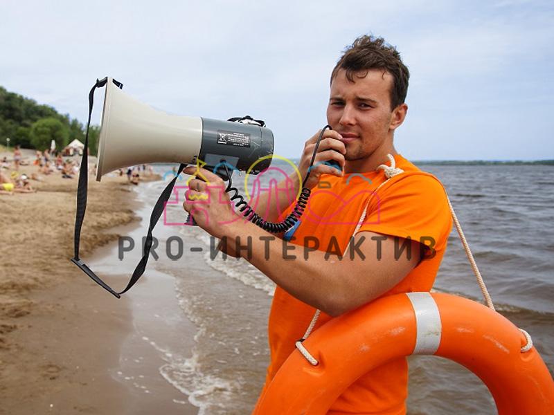 Спасатель для водного аттракциона