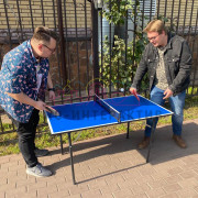 Маленький стол для тенниса