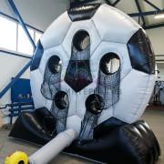 Футбольный мяч на складе