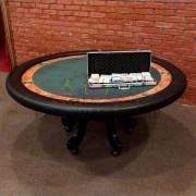 Стол для игры в карты на мероприятие