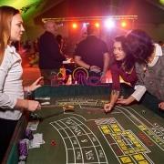 VIP стол для игры в кости на выездном казино