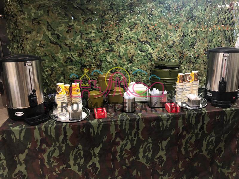 В военном стиле чайная станция