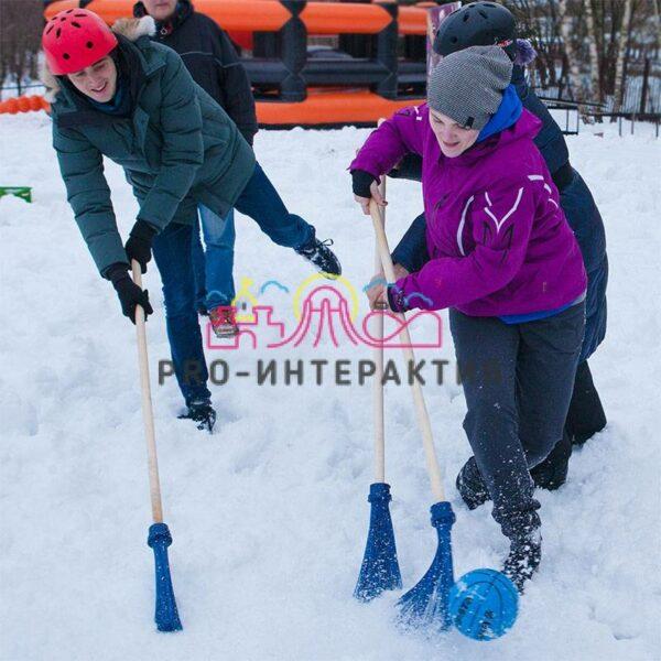 Организуем игру в хоккей с мётлами на вашем празднике