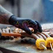 Приготовление сосисок на празднике