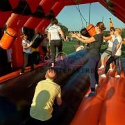 Надувной спортивный аттракцион Бревно с препятствием в аренду