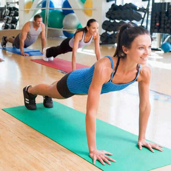 Коврик гимнастический в аренду для занятий по йоге