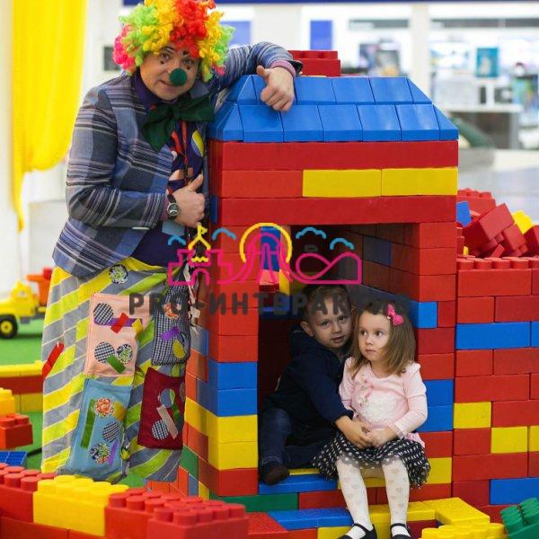 Детский праздник с гига лего