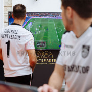 Приставка с FIFA