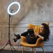 Аренда фотозоны с селфи-лампой на праздник