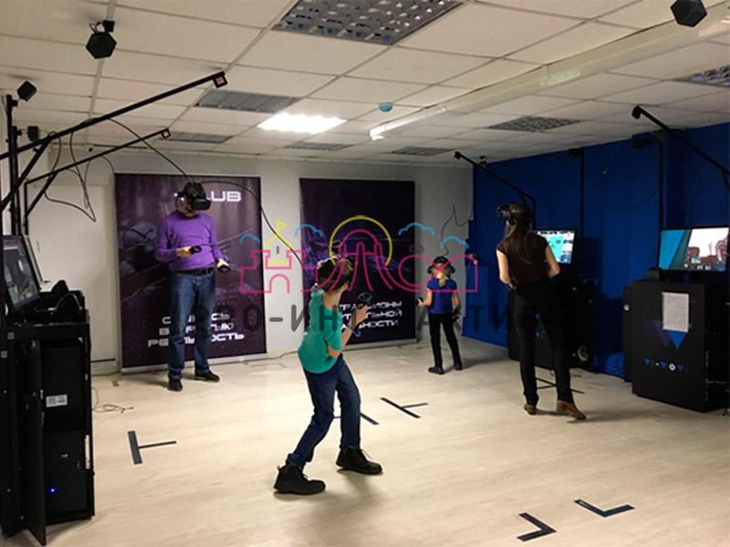 Организация компьютерного клуба с очками VR на праздник Компьютерный Игры