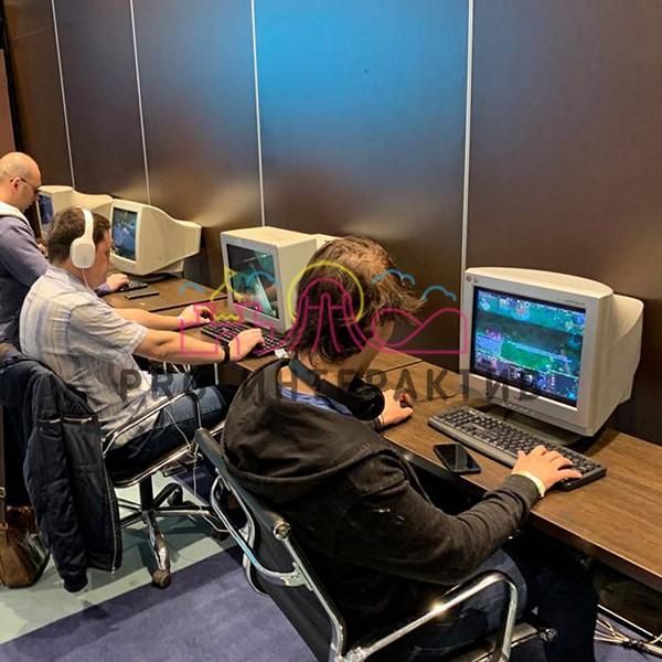 Организация компьютерного клуба в стиле Ретро