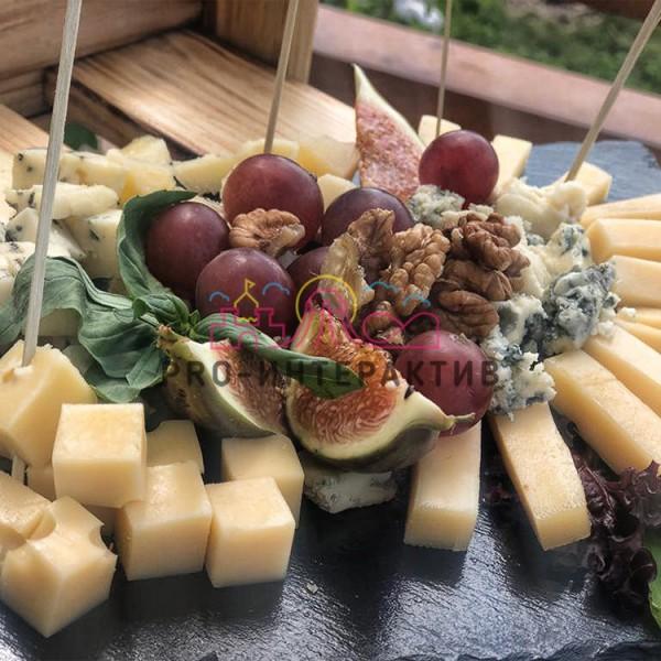 Сырное плато - сырная тарелка на праздник