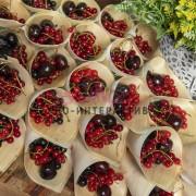 Лесные ягоды и фрукты заказать на праздник
