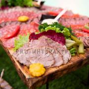 Тарелка полная мясной нарезки