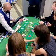 Фан-казино с необычным столом