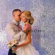 Серебряная фотозона для свадьб