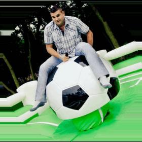 futbolnyie-attraktsionyi