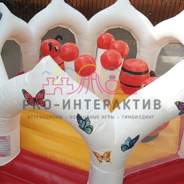 Надувной аттракцион с пчёлками