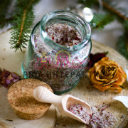 Изготовление соли для ванн на вашем празднике