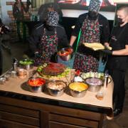 Организуем приготовление гигантского бургера