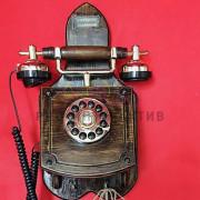 Ретро телефон в будке