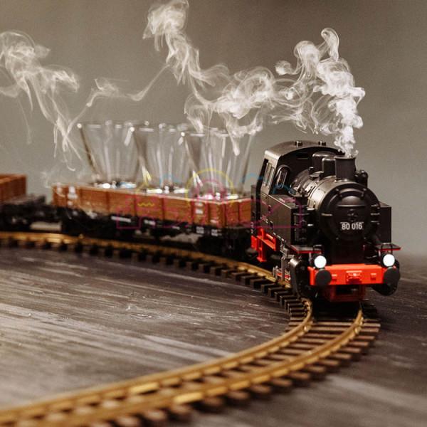 Барная стойка в виде поезда