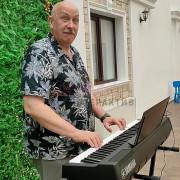Автоматическая игра на пианино
