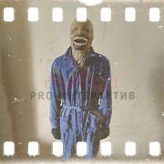 Аниматор в костюме чудовища
